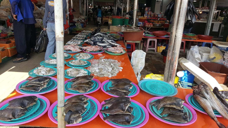 생선가게에도 보이지 않는 나주에서 가장 큰 목사골 시장내~